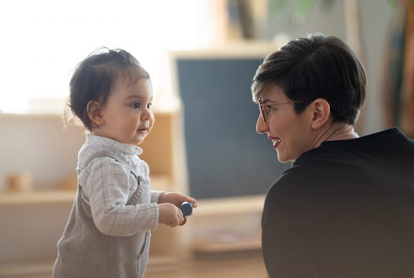 Cum să îi vorbești copilului tău, astfel încât să te asculte